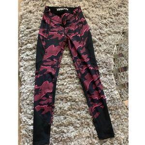Ivy Park Pink Camo Leggings